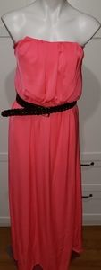 City Triangles dress Size large with belt